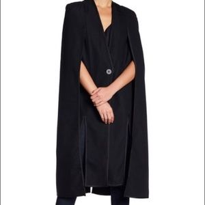 Kendall & Kylie Cape